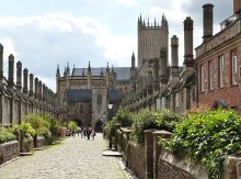 Vicars Close, Wells, Somerset © Derek Voller